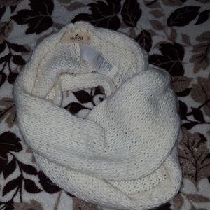 Hollister infinity scarf